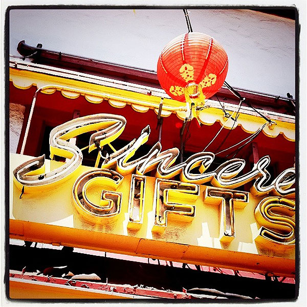 Barber Shop Dothan Al : Sincere Gifts, Chinatown, Los Angeles, CA